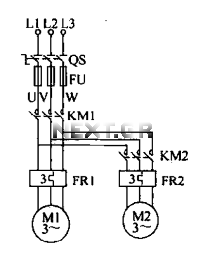 Delay starting a motor control circuit